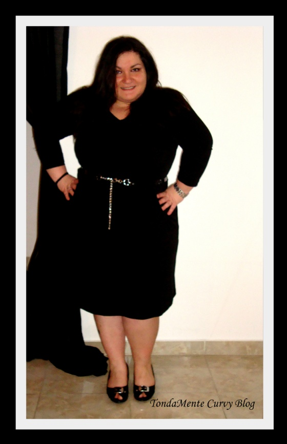 Total Black Curvy Outfit