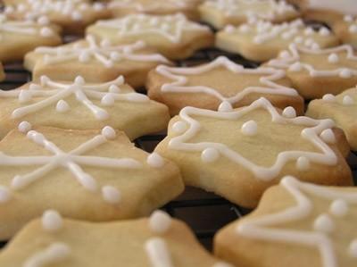 decorazioni-per-la-tavola-di-natale-biscotti-natalizi