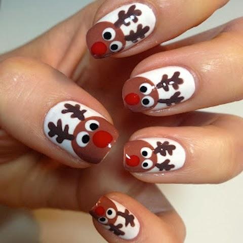 Reindeer-nail-art